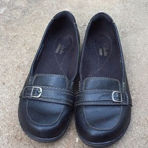 NEW LISTING!!  Clark's Leather Upper Loafers